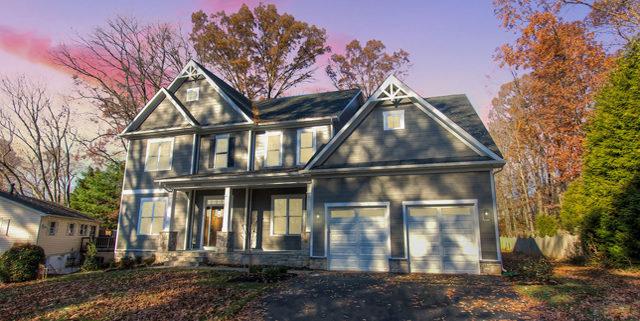 Custom home exterior - Reel Homes